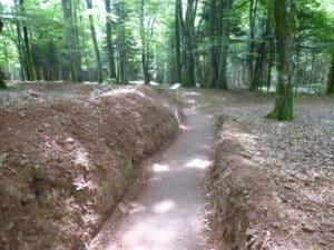Chemin autour du site de La Fontenelle