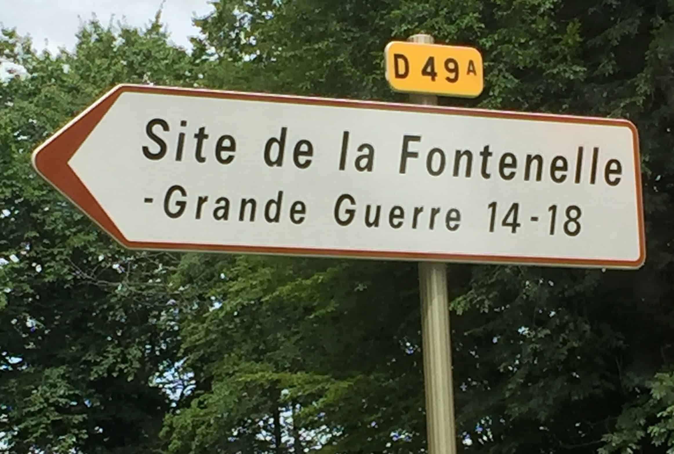 Panneau direction La Fontenelle